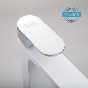 Grifo Para Lavabo Blanco Monomando INEX Europa Grifería Estandar Metálica Con Acabado Cromado Y Blanco